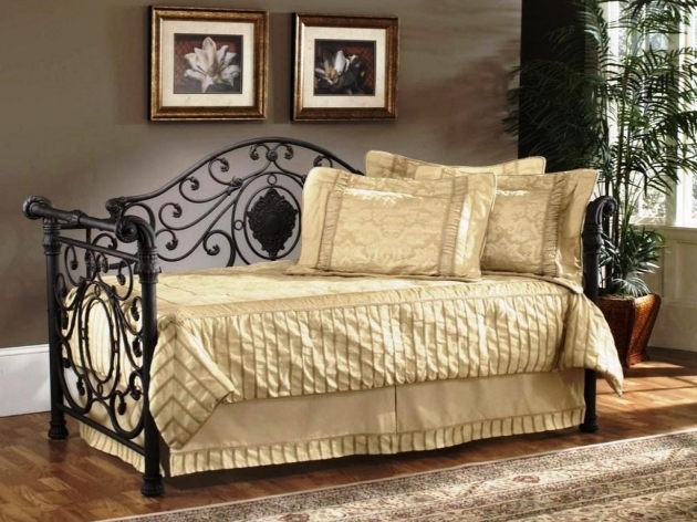 Light Cream Bedding For Daybeds Idea Black Coated Metal Daybed Three Gold Toned Pillows Picture 72