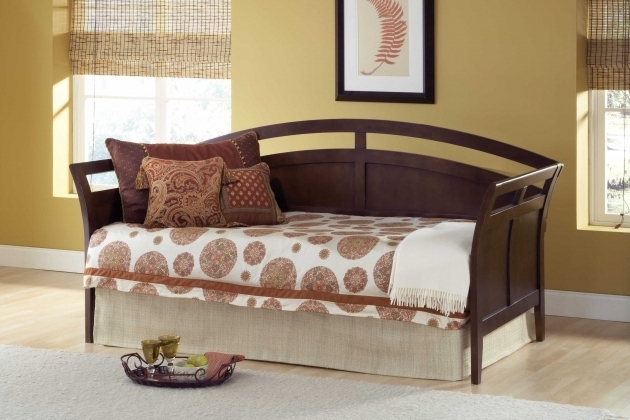 Daybeds With Pop Up Trundle With Pillows Image 82