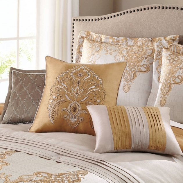 Metallic Gold Bedding 7 Piece Bedding Comforter Set Picture 39