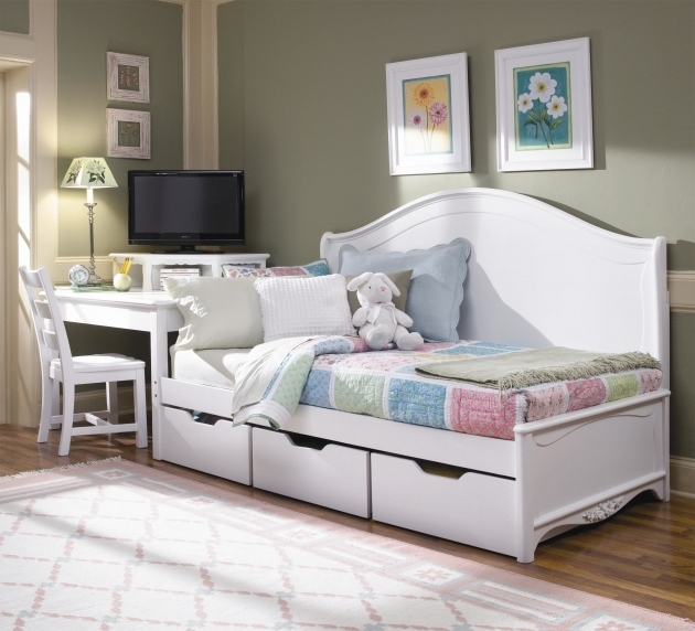 Queen Daybed Frame Bedroom Furniture Ideas Photos 52