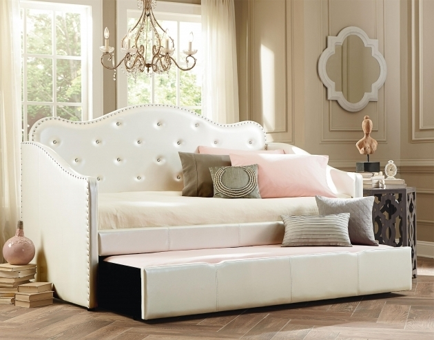Oversize Tufted Daybed With Trundle White Upholstery Photos 93