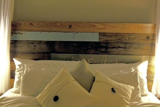 Reclaimed Barn Wood King Headboard Picture 06