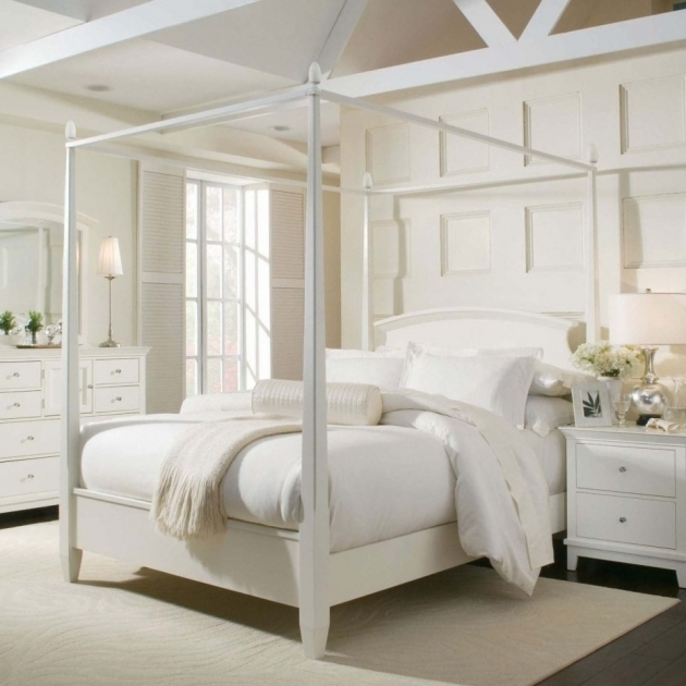 White Metal Canopy Bed Frame Queen Picture 40