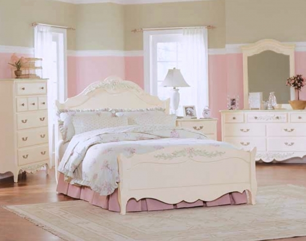 Beautiful Bedroom Furniture Diy Little Girl Headboards Photo 52