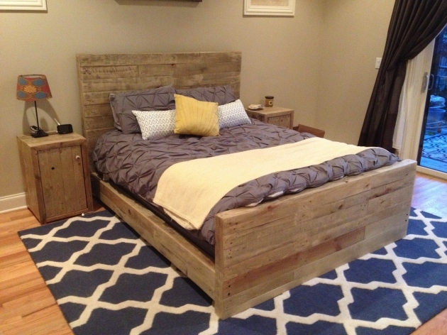 Bed Frame With Headboard Furniture Unstained Pallet Wood And Footboard On White Blue Rug Combined With Table Lamp Photos 11