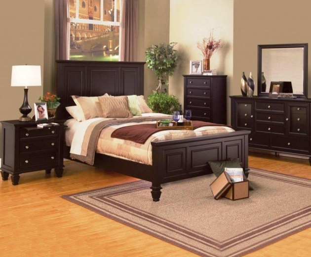 Queen Size Bed Frame Wooden With Area Rug And Dresser For Bedroom Decoration Ideas Pics 50
