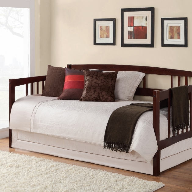 Daybeds Under $200 Photo 71