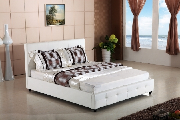 Hazlo Faux Leather Bed Slats Flat Mattress Best Mattress For Platform Bed Slat Bed White Leather Pictures 93
