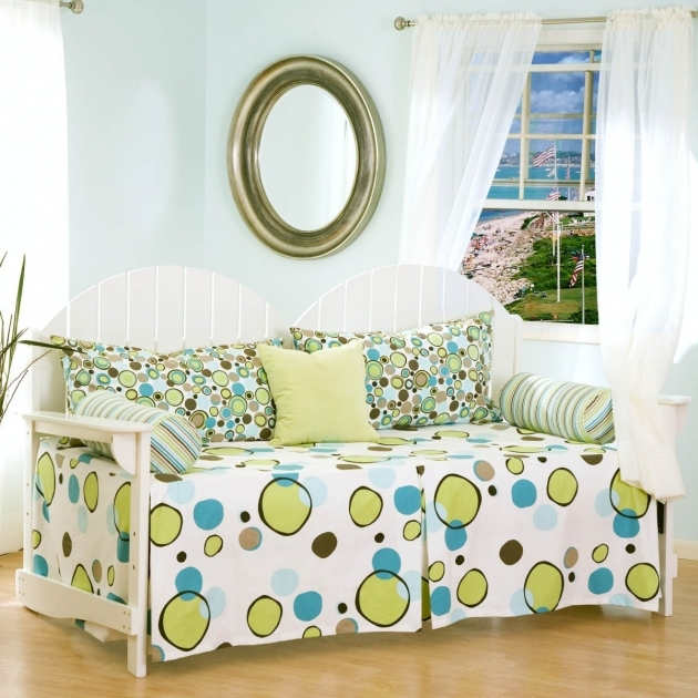 Sweet Bedding For Two Sides White Daybed Some Throw Pillows Oval Decorative Pillow Bedding For Daybeds Picture 49