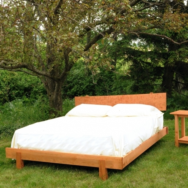 Wooden Asian Platform Bed Picture 07