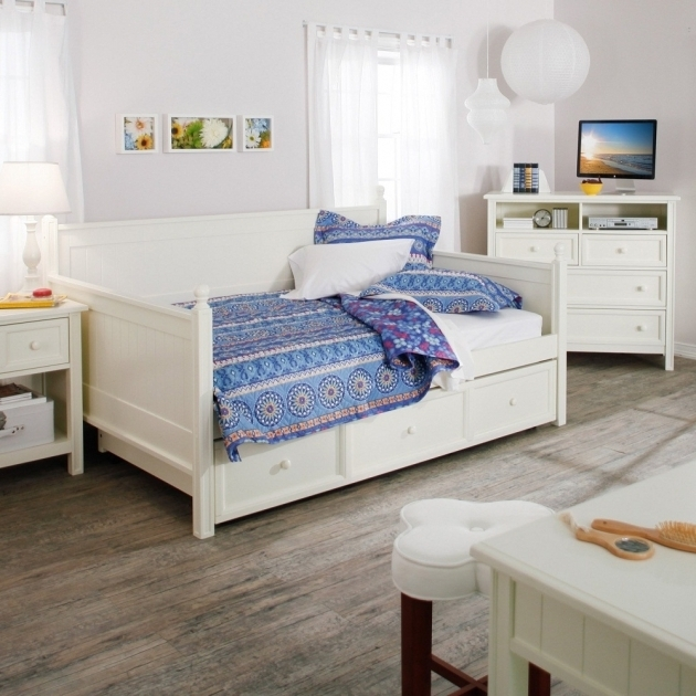 White Wood Queen Daybed Frame Photos 04