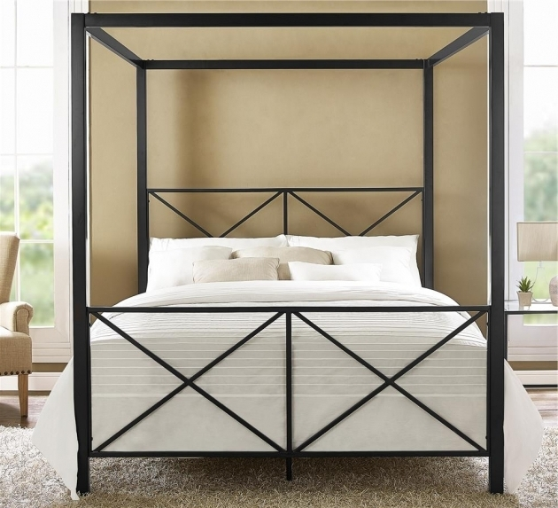 Modern romance metal canopy bed frame queen ideas photo 09 for Brass canopy bed frame
