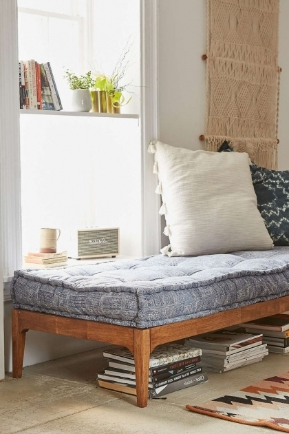Daybed For Small Space Ideas Rustic Daybeds Image 47