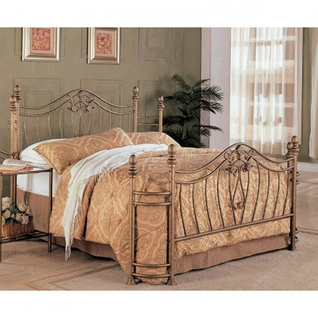 Queen Size Antique Metal Beds With Headboard Footboard Photos 55