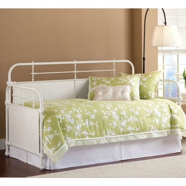 White Metal Daybed For Small Space Bedroom Decoration Image 84