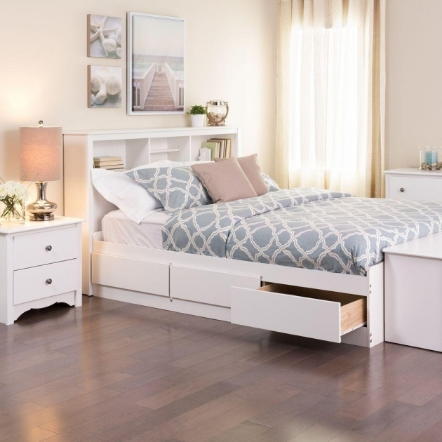 industrial style wood and iron king bed frame with caster wheels full size platform bed with. Black Bedroom Furniture Sets. Home Design Ideas